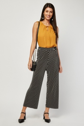 Tie Up Neck Front Chiffon Top