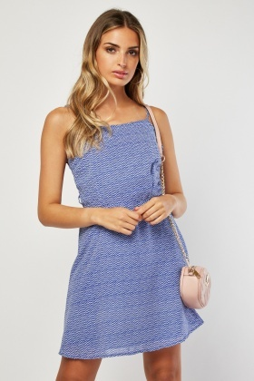 Cut Out Side Chevron Print Dress
