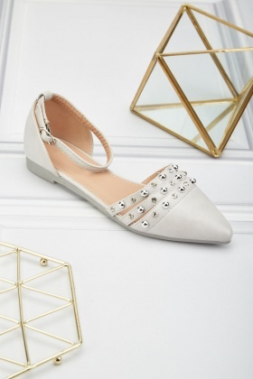 Studded Closed Toe Flat Shoes