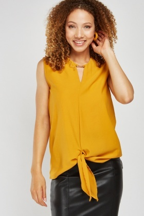 Tie Up Front Sleeveless Chiffon Top