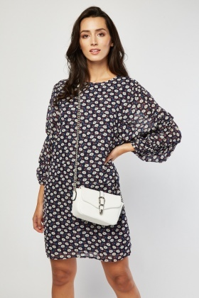 Daisy Print Shift Dress