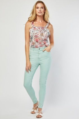 Super Skinny Relaxed Jeans