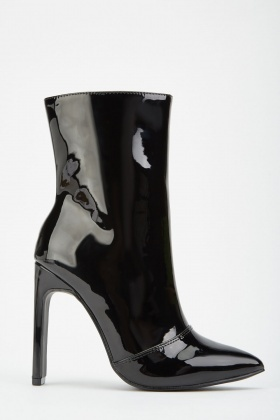 LOST INK Janine Patent Gem Trim Ankle Boots