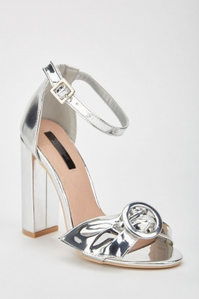 LOST INK Bea Buckle Bow Sandal