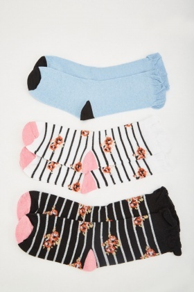 12 Pairs Of Womens Printed Socks