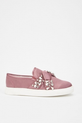 LOST INK Kara Jewel Bow Slip On Plimsolls