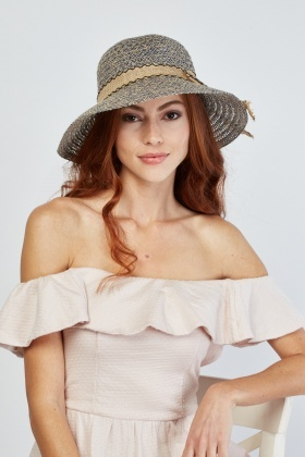 Weaved Cloche Straw Hat