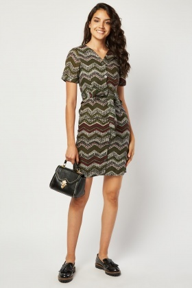 Scattered Zig Zag Print Pencil Dress