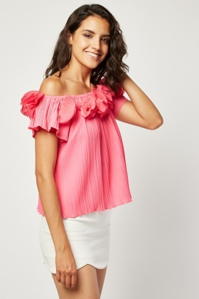 3D Flower Trim Bardot Plisse Top