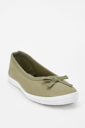 Bow Trim Flat Canvas Plimsolls
