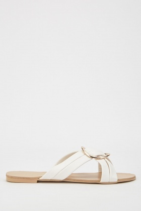 O-Ring Criss Cross Sandals