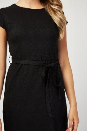 Short Sleeve Textured Midi Dress