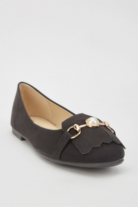 Faux Pearl Front Flat Shoes