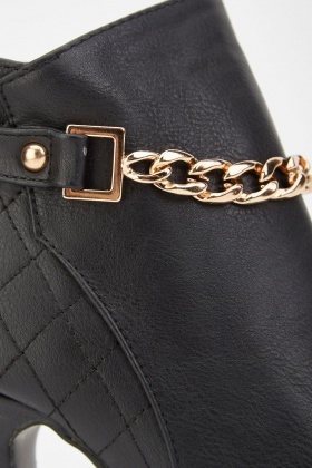 Quilted Chain Trim Ankle Boots