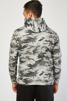 Pouch Pocket Front Camo Hoodie