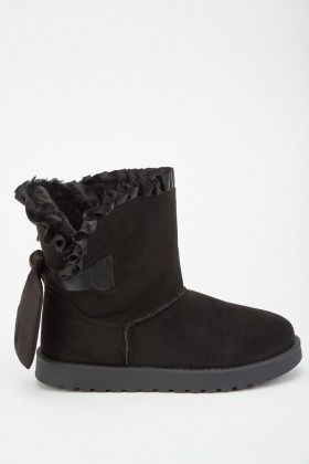 Ruffle Trim Winter Boots