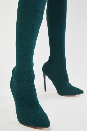 Knee High Ribbed Pointy Boots