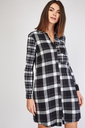 Single Pocket Front Checkered Dress