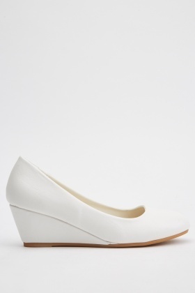Faux Leather Wedged Pumps