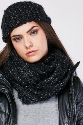 Metallic Insert Beanie Hat And Snood Set