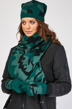 Camo Print Hat, Scarf And Finger-Less Gloves Set