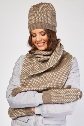 Textured Hat, Scarf And Mitten Set