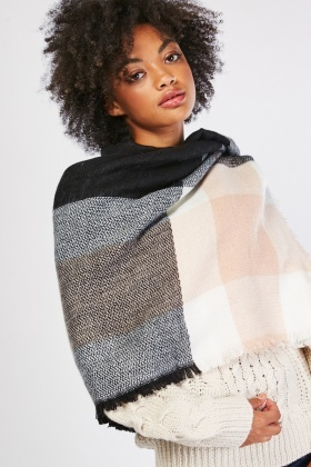 Raw Hem Checkered Scarf