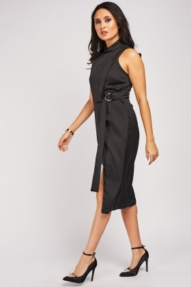 O-Ring Belted Sleeveless Dress