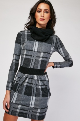 Rib Knit Panel Checkered Dress