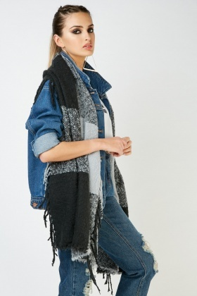 Long Textured Checkered Scarf