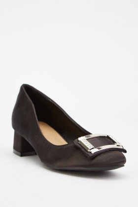Detailed Front Block Heel Pumps