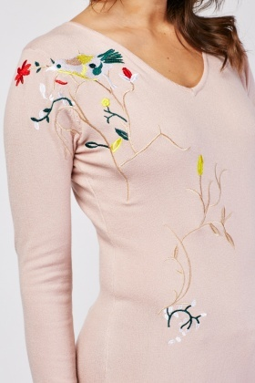 Embroidered Pattern Knit Sweater