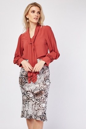 Pleated Contrast Silky Blouse