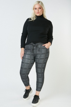 Tie Up Belted Plaid Trousers