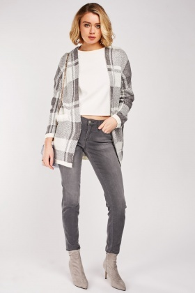 Checkered Slouchy Knit Cardigan