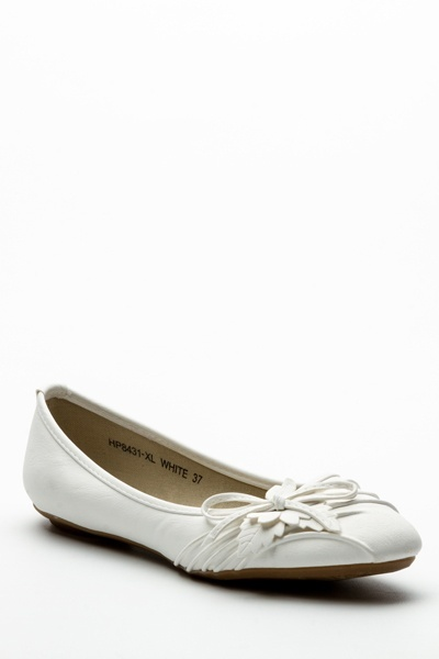 Pleat Flower Flats