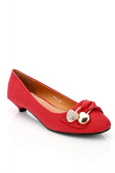 Encrusted Cherry Fittings Pump Shoes