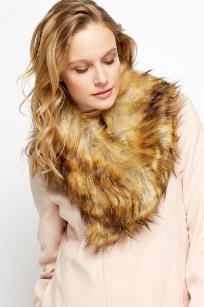 Image of Faux Fur Yellow Collar