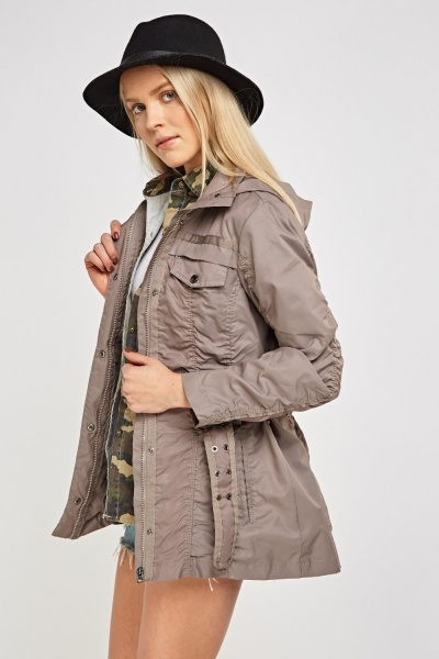 Soil Waterproof Hooded Jacket