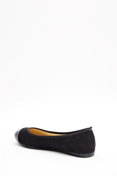 Contrast Black Ballet Pumps