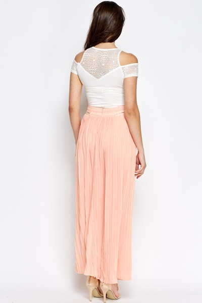 Zip Detail Pleated Maxi Skirt