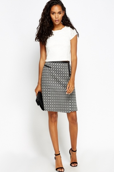 Faux Leather Trim Printed Skirt