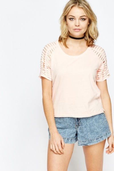 Distressed Shoulder Crop Top