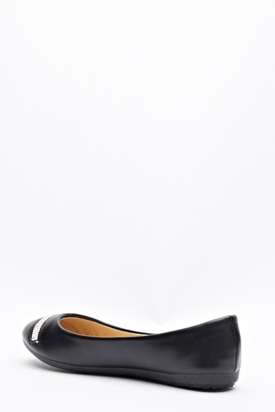 Encrusted Front Faux Leather Pumps