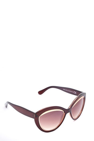 5b16a8e193 Find every shop in the world selling framed sunglasses 4 at PricePi ...