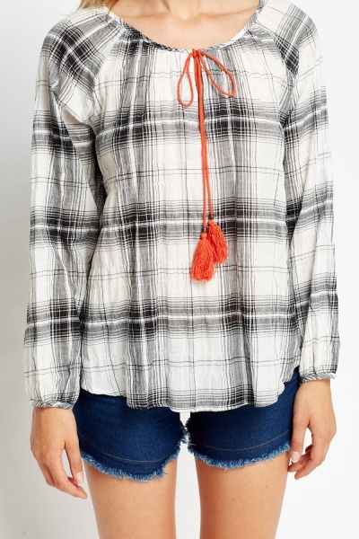 Check Grid Tie Neck Top