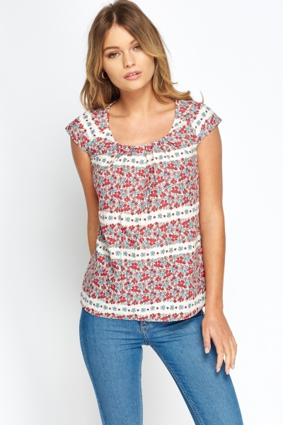 Cup Sleeves Printed Stripe Top