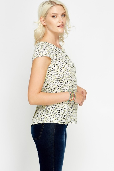 Button Back White Top