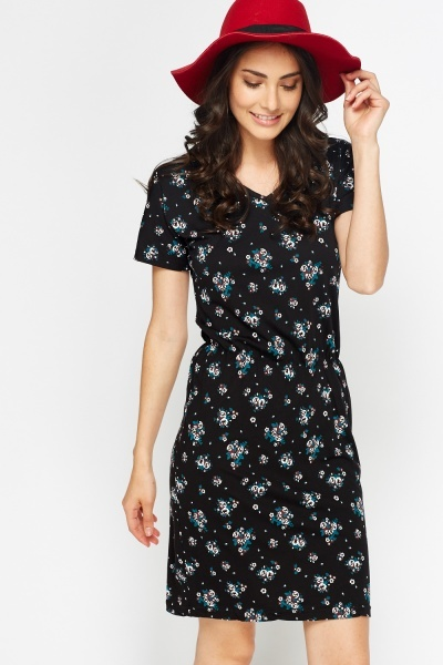 Image of Black Floral T-Shirt Dress