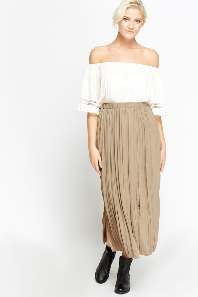 Pleated Slit Midi Skirt